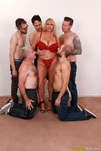 Horny-mature-slut-Karen-Fisher-gets-fucked-by-five-dicks-r7aep2wtxu.jpg
