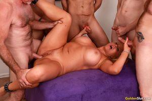Horny-mature-slut-Karen-Fisher-gets-fucked-by-five-dicks-x7aep3ggb1.jpg