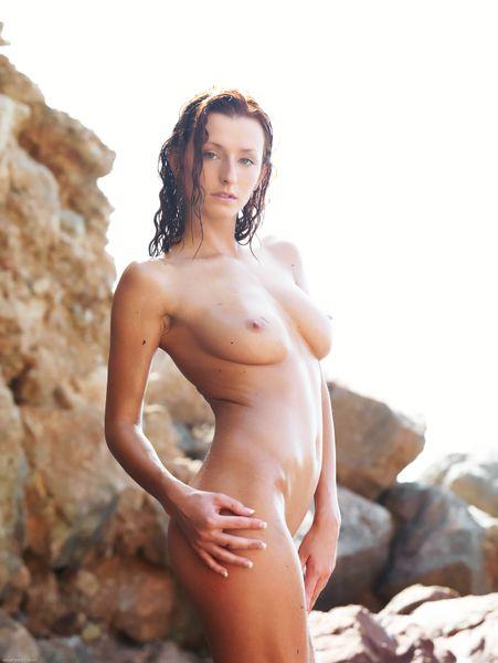 Errotica (Dominika Cox Coxy) [Nude Solo Erotic Medium tits Milf] [2912 x 4368, 1097]