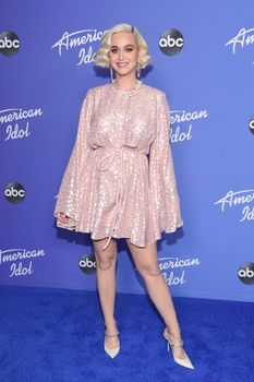Katy Perry 50909352_Katy-Perry-PremAmericanIdolHWFeb4