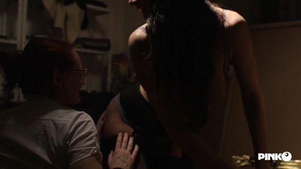 PinkoClub - Emy Russo, Martina Gold - Martina Tries Pussy [FullHD 1080p]